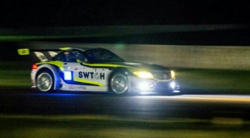 BMW Z4 andalan Budiyanto saat dipacu pada ISSOM Night Race di sirkuit Sentul international Bogor