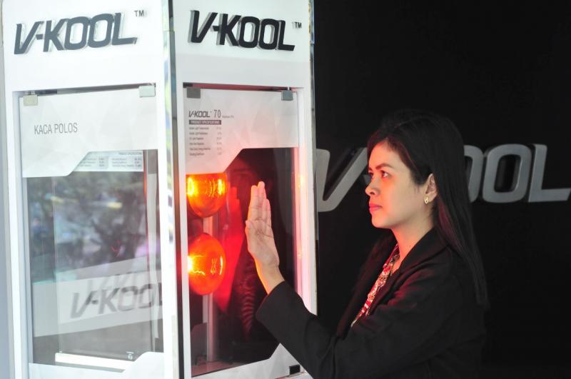 Sebutan kaca film ajaib membuat orang bertanya-tanya dan penasaran dengan V-KOOL. (ist)