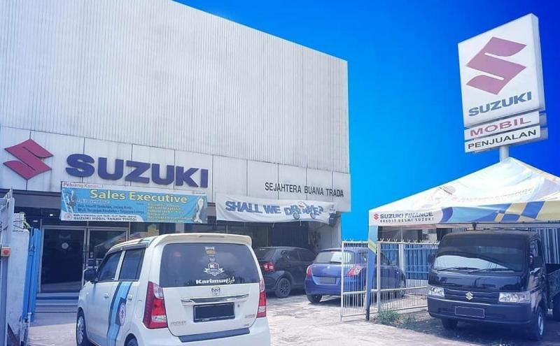 Suzuki tetap fokus pada kualitas layanan pelanggan.Berbagai layanan tetap dapat diakses oleh pelanggan seperti Halo Suzuki, aplikasi My Suzuki, serta website www.suzuki.co.id.(Suzuki trada)