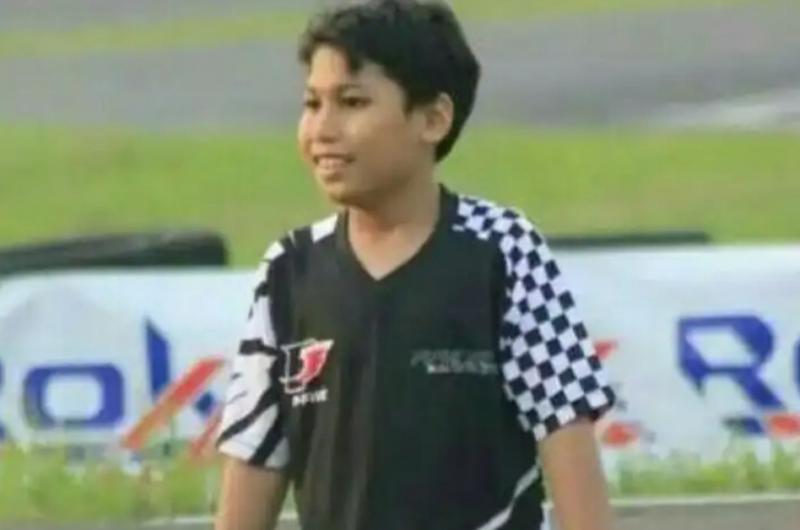 Daffa AB, selain di ajang gokart prestasinya juga moncer di balap Simulator yang lagi ngetrend. (foto : jarwo)