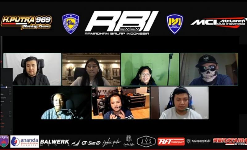 Rizal Sungkar (tengah, bawah), optimis Pro Driver akan mampu bersaing dengan Sim Racer di event balap virtual