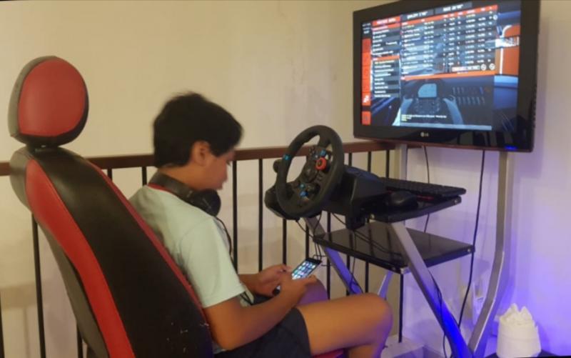 Daffa AB, dinilai sebagai pembalap fighter dan perlu memperbanyak jam terbang di balap simulator.