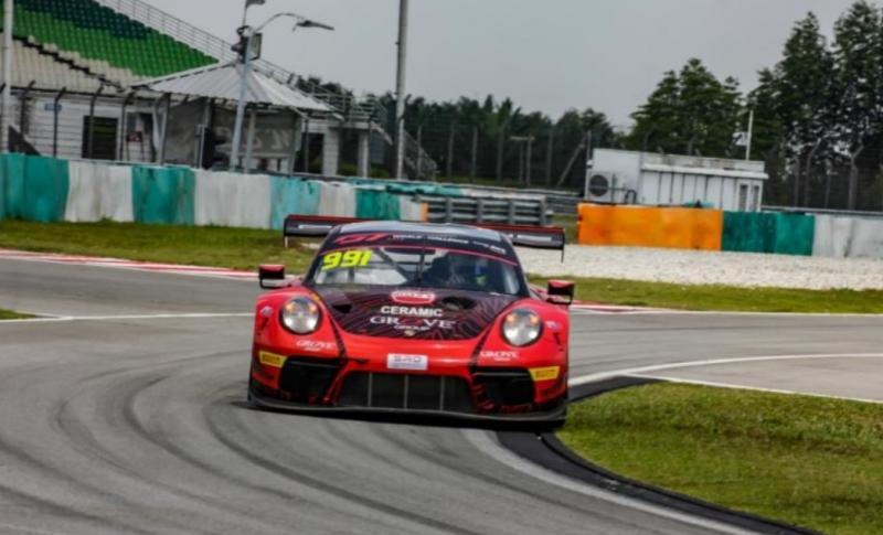 Porsche, pacuan baru Setiawan Santoso untuk rencana ke ajang balap GT World Asia Series 2020
