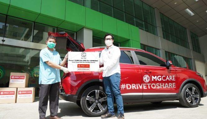Lebih dari 10.000 unit paket APD dan sembilan bahan pokok (sembako) langsung diserahkan MG Motor Indonesia kepada dua rumah sakit serta sejumlah masyarakat yang membutuhkan di area Jabodetabek.