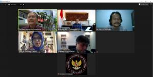 Webinar diikuti lebih dari 380 peserta dari berbagai kalangan seperti mahasiswa, pengusaha, peneliti maupun perwakilan pemerintah.