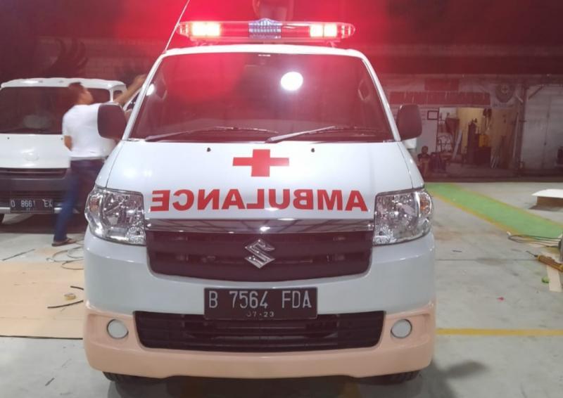 Suzuki APV meningkat penjualannya mendampingi tim medis di tengah pandemi covid. (foto : pt sis)