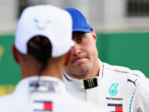 Valtteri Bottas (Finlandia), riskan di Mercedes kemungkinan bakal merapat ke Renault dan Red Bull?. (Foto: planetf1)