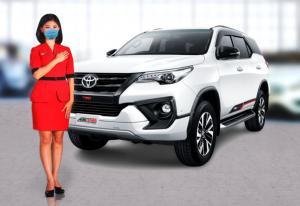 Bagian sales dealer Auto2000 siap menyapa konsumen Toyota melalui Digiroom dengan program diskon hingga Rp 100 juta untuk pembelian mobil baru