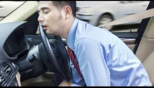 Microsleep acapkali terjadi ketika kita sudah cukup lama tak mengendarai mobil, kemudian harus kembali nyopir di tengah kemacetan. (foto : ist)