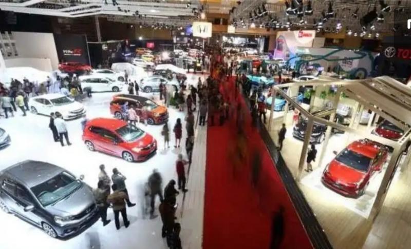 Suasana pameran otomotif IIMS tahun 2019 di JI-Expo Kemayoran Jakarta