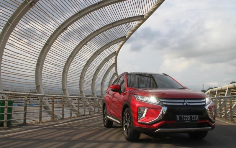 Fitur keamanan canggih Mitsubishi Eclipse Cross optimalkan berkendara dengan aman dan nyaman