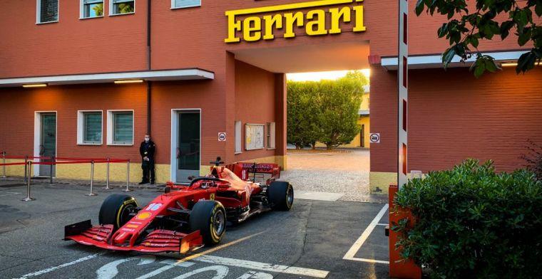 Charles Leclerc di pintu keluar pabrik Ferrari. (Foto: gpblog/twittercharlesleclerc)