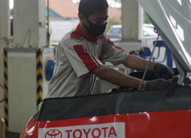 Cek kendaraan Toyota anda di bengkel resmi Auto2000 sebelum dipakai berkendara di era New Normal
