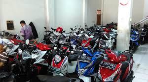Motor bekas tipe matik banyak diburu konsumen antisipasi diberlakukannya ganjil genap untuk sepeda motor di Jakarta