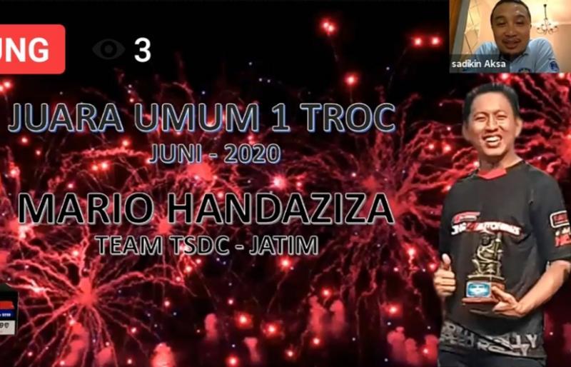 Mario Handaziza dari Jawa Timur juarai TROC 2020 yamg berakhir hari ini dengan rute Bali, dan Sadikin Aksa (insert).