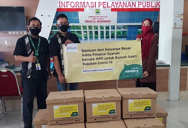 Adira Finance Syariah mendonasikan lebih dari empat ribu Alat Pelindung Diri (APD) berupa baju hazmat ke sejumlah rumah sakit rujukan Covid-19 di Indonesia. (Foto: ist) .