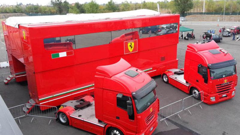 Motorhome Ferrari, salah satu yang menghilang di GP Austria pekan ini. (Foto: autoblog)