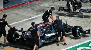 Black Mercedes saat buka selubung dan masuk pitlane Red Bull Ring pada Kamis (2/7-2020). (Foto: gptoday)