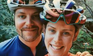 Valtteri Bottas dan Tiffany Cromwell, kini rajin nggowes berdua. (Foto: diazhub)
