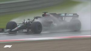 Lewis Hamilton di lintasan basah Red Bull Ring, tak tertahankan. (Foto: formula1)