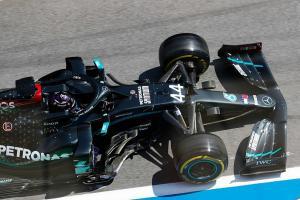 Lewis Hamilton (Mercedes) yang hilang kehormatan di sesi FP2 GP Styrian 2020. (Foto: autosport)