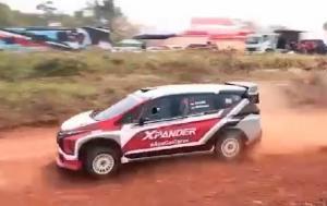 Mitsubishi Xpander AP4 diuji coba di lintasan gravel sirkuit Tembong Jaya Serang