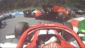 Insiden kecelakaan Charles Leclerc dan Sebastian Vettel di tikungan 3 yang membuat duo Ferrari DNF di Red Bull Ring Austria.