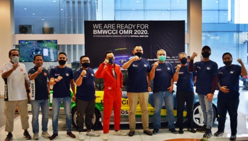 Launching BMW M40 E30 BMWCCI Bandung Chapter di dealer Tunas BMW Bandung hari Minggu kemarin.