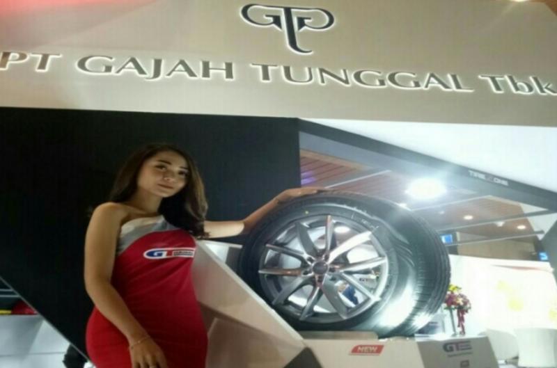 Booth ban produk nasional GT Radial di pameran otomotif GIIAS
