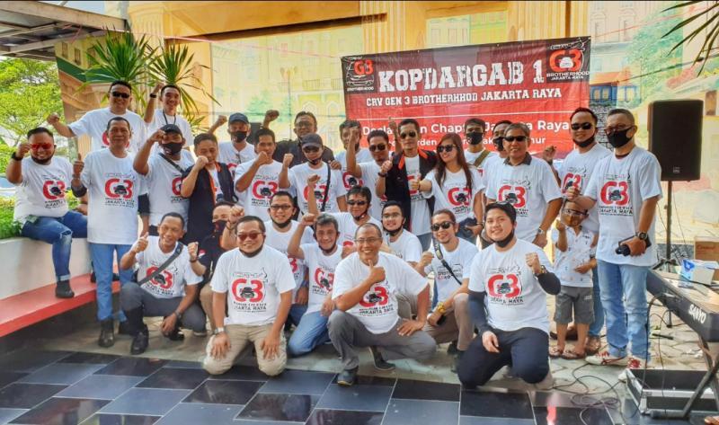 Komunitas pemilik mobil Honda CRV Gen 3 adakan kopi darat gabungan di Food Garden City Cakung Jakarta