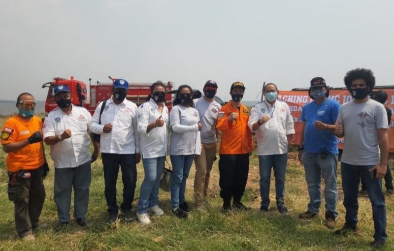 Anondo Eko bersama tim Rescue IMI DKI dan IOF saat pelatihan rescue di Ancol Jakarta