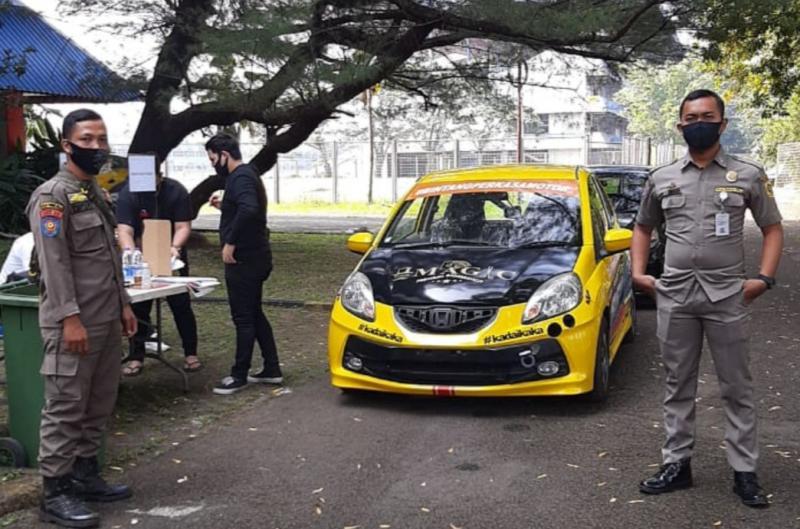 Tim Satgas Gugus Tugas Covid Kabupaten Bogor menugaskan dari unsur Satpol PP mendukung event balap di sirkuit Sentul