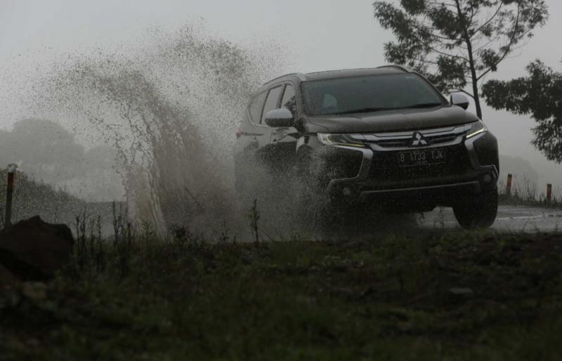 Mitsubishi Pajero Sport generasi ketiga makin perfect dengan berbagai penyempurnaan menjadi kendaraan andalan keluarga Indonesia. (foto : mmksi)