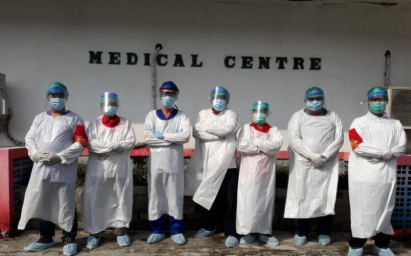Tim medis lengkap dengan APD standar covid selalu stand by di medical center selama berlangsung event di Sentul International Circuit Bogor