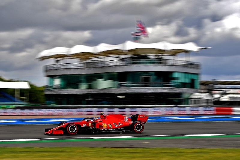 Charles Leclerc bersama Ferrari SF1000, mulai curi perhatian lagi. (Foto: thecheckeredflag)