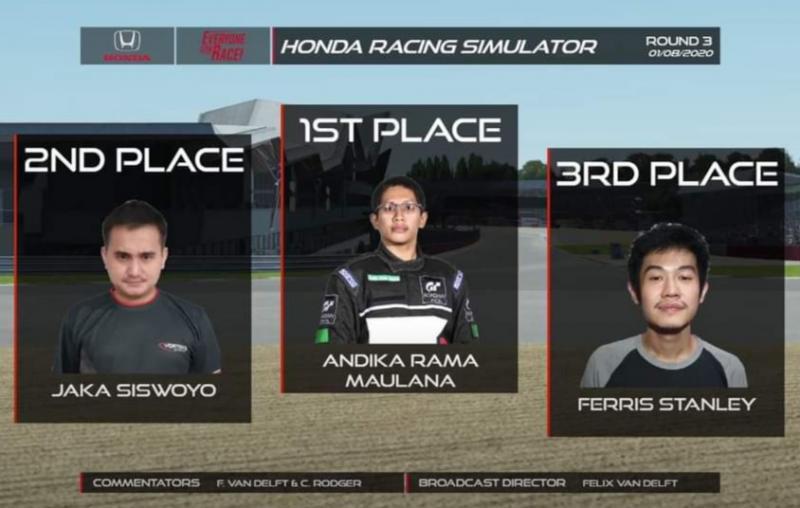 Top three kelas Profesional seri 3 Silverstone Honda Racing Simulator Championship