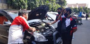 Kopdar sehat Jakarta Velocity Chapter di bengkel resmi Toyota mengenai kesehatan kabin dari virus