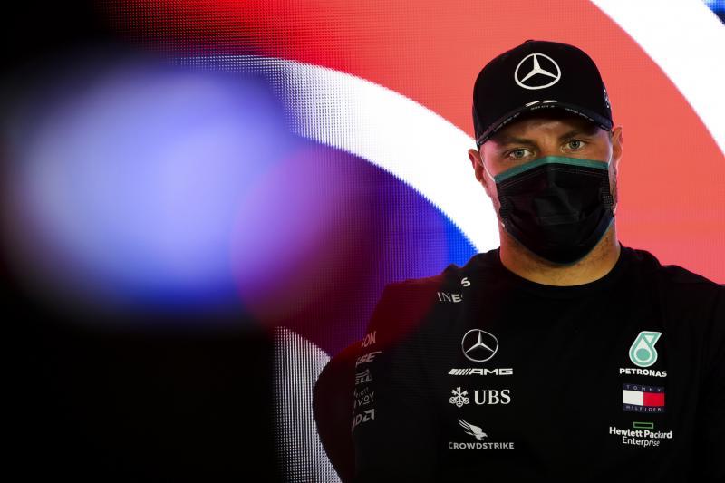 Valtteri Bottas, umumkan telah perpanjang kontrak di Mercedes untuk 2021. (Foto: formulaspy)