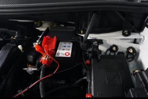 Peugeot 3008 & 5008 tipe GT Line maupun Allure Plus dilengkapi Extension Negative Battery.