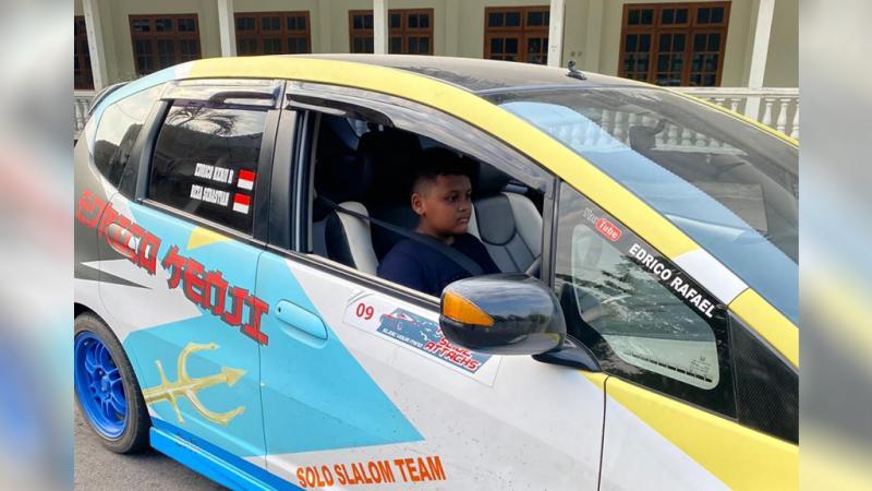 Edrico Rafael, anak didik baru Anjasara Wahyu untuk slalom di Solo, Jawa Tengah