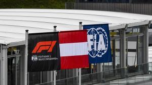 Pendapatan F1 merosot drastis selama penyelenggaraan pada masa pandemi, tapi eksistensi balap jet darat ini dinilai langkah strategis untuk masa depan