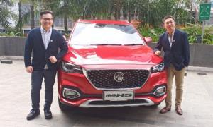 Morris Garage HS varian Excite dan Ignite diluncurkan di Jakarta, Kamis hari ini. (foto : bs)