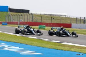 Duo Mercedes Lewis Hamilton dan Valtteri Bottas, ujian berat di GP Spanyol. (Foto: lat)