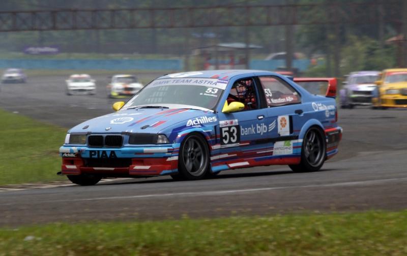 Gerry Nasution bersiap mengikuti seri 1 ISSOM di Sentul International Circuit, 29-30 Agustus 2020. (foto : endy)