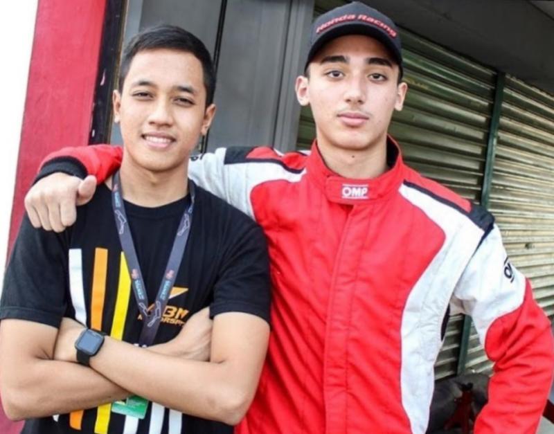 Avila Bahar (kiri) dan Amato Rudolph, soulmate di sirkuit dan kampus Universitas Indonesia Depok