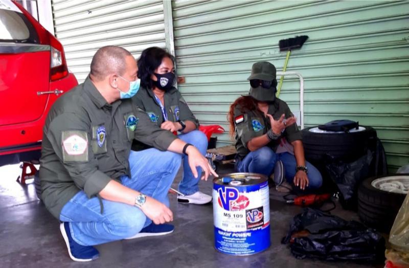 Anondo Eko turun langsung dalam kegiatan Aksi Team Enviro IMI DKI Jakarta di event balap mobil ISSOM di sirkuit Sentul