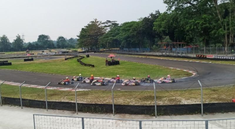 Latihan Bersama Gokart Eshark Rok Cup seri 3 di Sentul International Karting Circuit