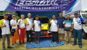 Formasi tim ORD Suzuki Motorsport.id dengan pereli Wijaya Kusuma Subroto dan Yoyo Cempe