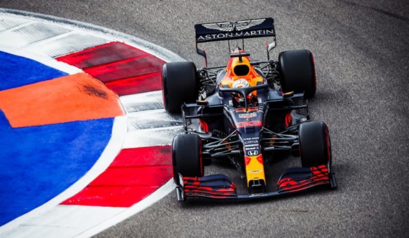 Max Verstappen memimpin 3 pembalap Honda lainnya raih poin di GP F1 Rusia 2020