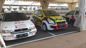 Suzuki Baleno dan Suzuki Splash yang berkiprah di ajang sprint rally nasional. (foto : ist)